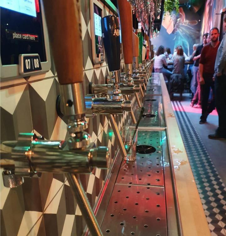 Terug achter de bar bij hetTaphuys